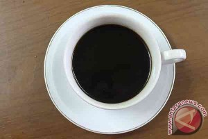 Can coffee cause cancer? Only if it`s very hot, says who scientists