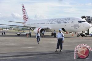 Sejumlah penumpang bertahan di Bandara Ngurah Rai