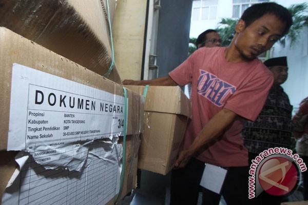 Distribusi Soal Un Tangerang Foto Antara News