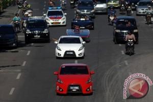 Uji Coba Mobil Ramah Lingkungan