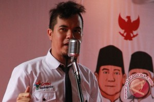 Ahmad Dhani berkampanye untuk Prabowo-Hatta di Madiun