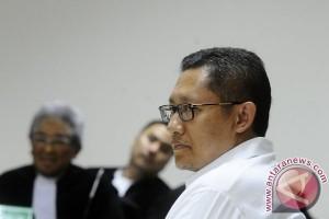 Pengadilan Tinggi kurangi hukuman Anas Urbaningrum