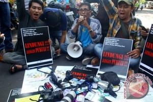 Jurnalis Menolak Kekerasan