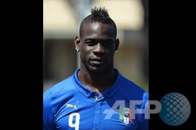 Italia coret Balotelli untuk kualifikasi Piala Eropa 2016