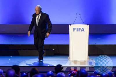 Blatter disebut hadapi skors 90 hari dari FIFA