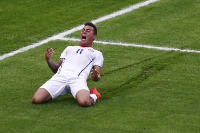 Guerrero dan Vargas pencetak gol terbanyak sementara
