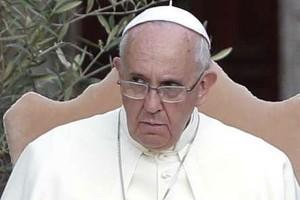 Paus kutuk pemanfaat pekerja miskin