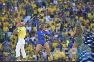 """Lagu """"We Are One"""" meriahkan pembukaan Piala Dunia"""