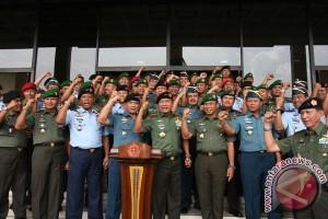 Perwira tinggi TNI agar selalu jaga reputasi institusi