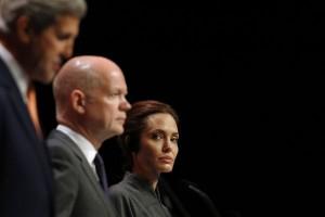 Angelina Jolie jadi dosen tamu di London School of Economics