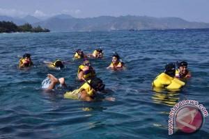 Walhi: 55 persen terumbu karang Trawangan rusak