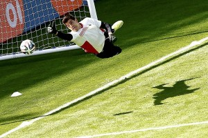 Thibaut Courtois membuka pintu kepada Real Madrid