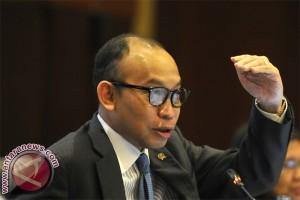 Menkeu: Jokowi bisa revisi APBNP untuk tambah kuota BBM