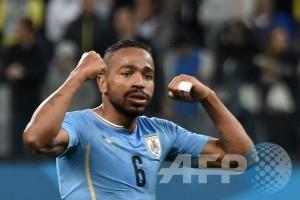 KUALIFIKASI PIALA DUNIA - Uruguay tekuk Kolombia 3-0