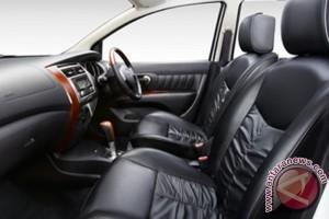 Nissan rilis varian tertinggi Grand Livina
