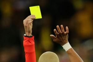 UEFA akan hapus kartu kuning setelah perempat final