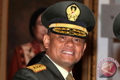President inaugurates Gatot Nurmantyo as army chief of staff