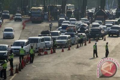 Polisi jaga seluruh gerbang tol di Jawa Barat