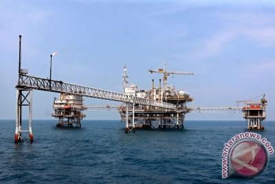 RAPBN 2015 asumsikan produksi minyak 900.000 barel/hari
