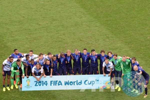 Kalahkan Brasil Belanda Juara 3