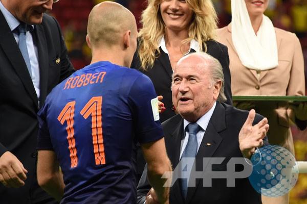 Robben Man of the Match Belanda kontra Brasil