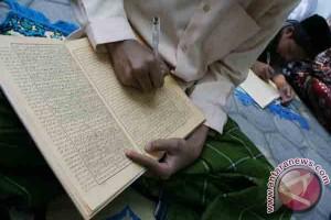 Mengaji Kitab Kuning