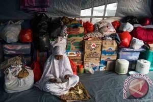 Berpuasa di Tenda Pengungsian