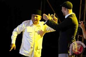 Prabowo Duet dengan Maher Zain