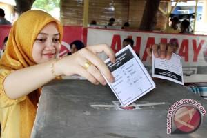 Pilkada lima kabupaten di Sumatera Selatan tertunda