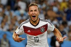 Dortmund bicarakan kembalinya Goetze dengan Bayern