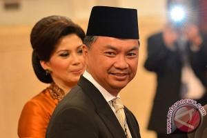 Vice minister Dino closes Bali Democracy Forum