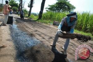 DPU Gunung Kidul hentikan proyek jelan H-7
