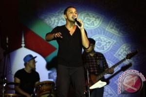 Nidji paksa ribuan orang di Malaysia bergoyang