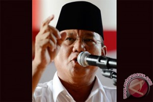Prabowo commemorates Indonesia`s Independence Day anniversary at golf course