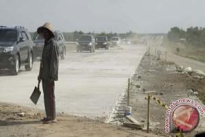 Pembebasan lahan tol trans Jawa capai 63 persen