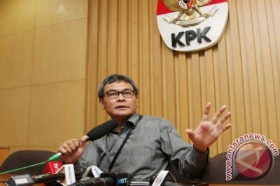 KPK geledah dua rumah terkait Sutan Bhatoegana