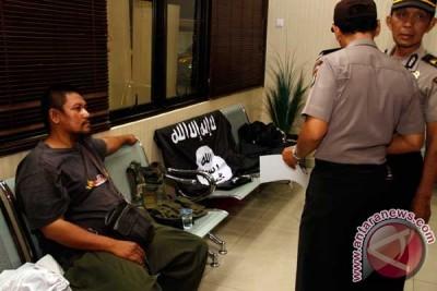 Polisi amankan terduga pendukung ISIS di Depok