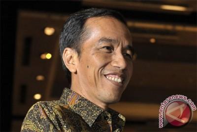 Rapat pertama Jokowi-JK di rumah transisi