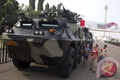 Tank TNI di Monas
