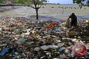 Manado segera punya kapal penyedot sampah laut
