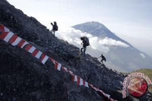 pendaki Merapi diperkirakan meningkat saar Lebaran