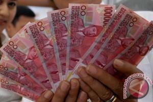 Rupiah bergerak menjadi Rp13.087 per dolar AS