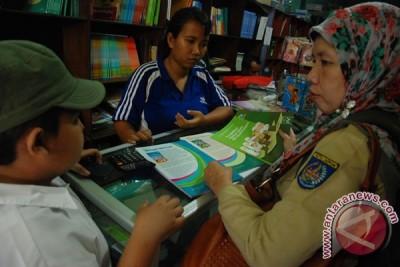 Keterlambatan Distribusi Buku Pelajaran