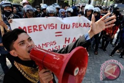 Ray Rangkuti katakan Perppu bisa redam kemarahan masyarakat