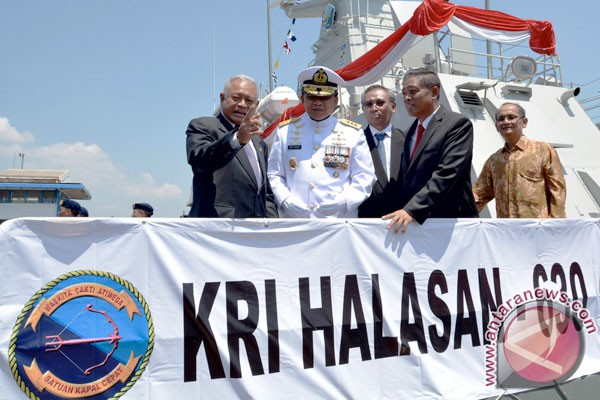 PT PAL serahkan kapal W000275 ke TNI AL