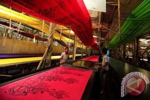 Menperin minta pengusaha tekstil tingkatkan ekspor
