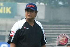 Pelatih Arema terapkan denda bagi pemain indisipliner