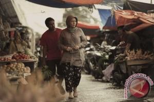"Dewi Irawan ""terjebak nostalgia"" Tabula Rasa"