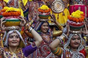 Menteri Budaya India klarifikasi larangan turis pakai rok