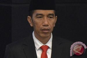 Joko Widodo sampaikan surat pengunduran diri sebagai gubernur